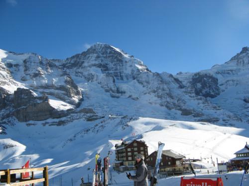 experiencias-de-viagens-interlaken-montanhas