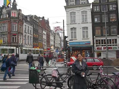 experiencias-de-viagens-amsterdam-canal-bike