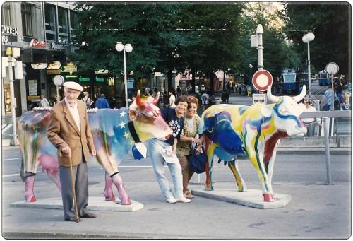 experiencias-de-viagens-zurique-vacas-coloridas