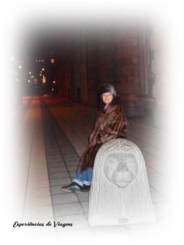 experiencias-de-viagens-stockholm-sitting-statue