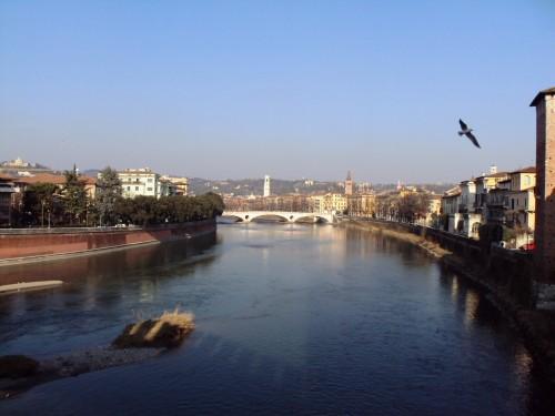 experiencias-de-viagens-verona-italia-rio-adagio