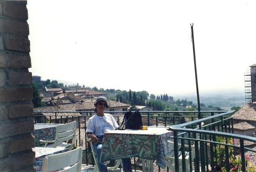 experiencias-de-viagens-assis-italia-colina