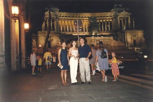 experiencias-de-viagens-roma-a-noite-street