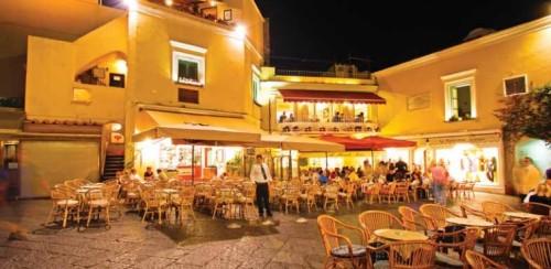 experiencias-de-viagens-capri-Piazzetta