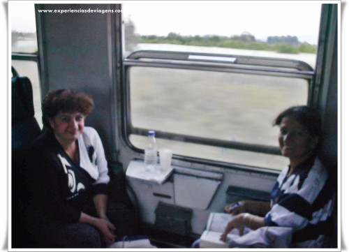 experiencias-de-viagens-patra-inside-train