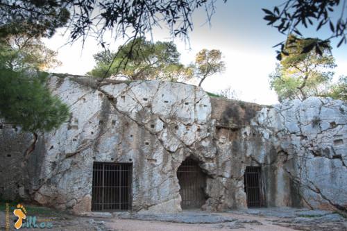 experiencias-de-viagens-atenas-grecia-filopapos-Prisão de Sócrates