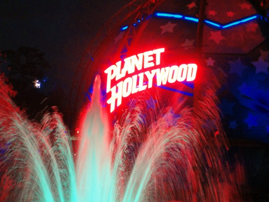 experiencias-de-viagens-downtown-disney-planet-hollywood