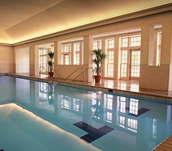 experiencias-de-viagens-williamsburg-colonial-resort-indoor-pool