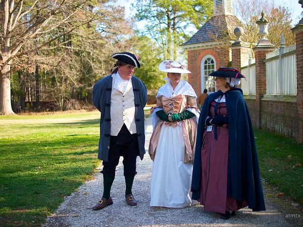 experiencias-de-viagens-williamsburg-govenors-palace-costumes