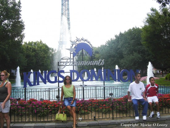 experiencias-de-viagens-kings-dominion-entrada-parque