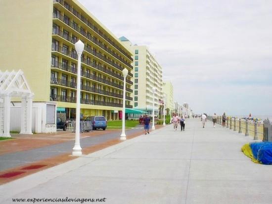 experiencias-de-viagens-virginia-beach-boardwalk