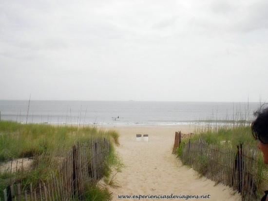 experiencias-de-viagens-virginia-beach-praia-deserta