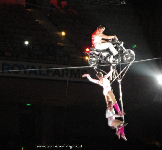 experiencias-de-viagens-baltimore-circo-trapezistas