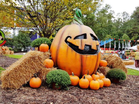 experiencias-de-viagens-kings-dominion-halloween-big-pumpkin