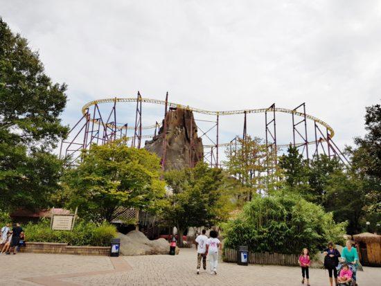 experiencias-de-viagens-kings-dominion-halloween-volcano-coaster