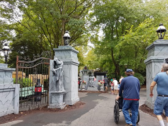 experiencias-de-viagens-kings-dominion-hallowenn-cemiterio