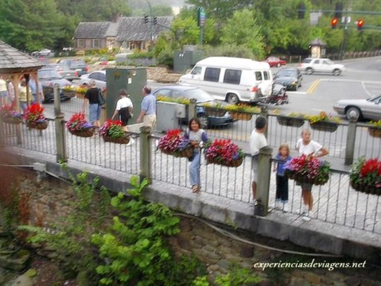 experiencias-de-viagens-gatlinburg-street
