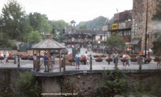 experiencias-de-viagens-gatlinburg-street-ponte