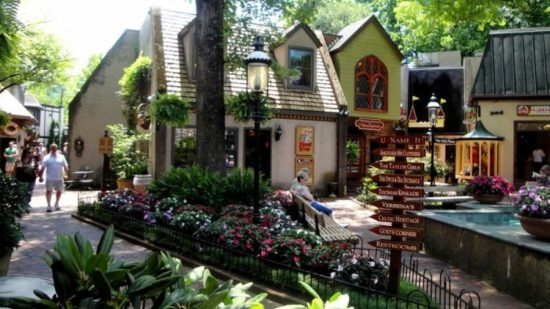 gatlinburg-village-shops