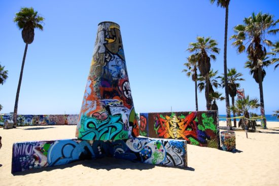 experiencias-de-viagens-california-Venice-Beach-boardwalk