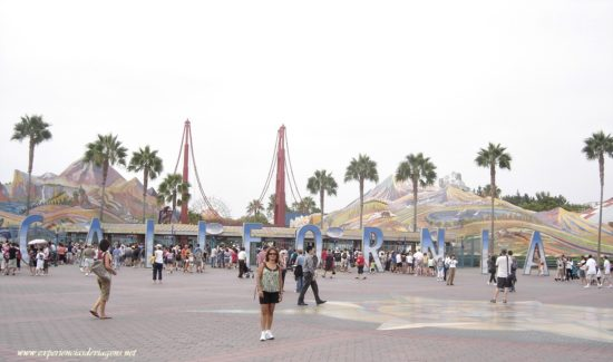 experiencias-de-viagens-california-disney-california-entrance