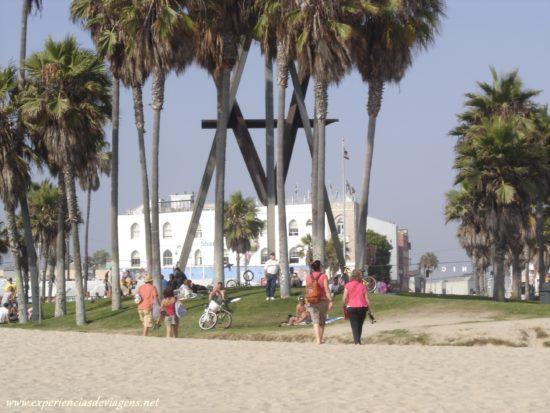 experiencias-de-viagens-california-venice-beach-areia