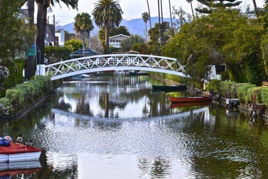 experiencias-de-viagens-california-venice-canal-bridge